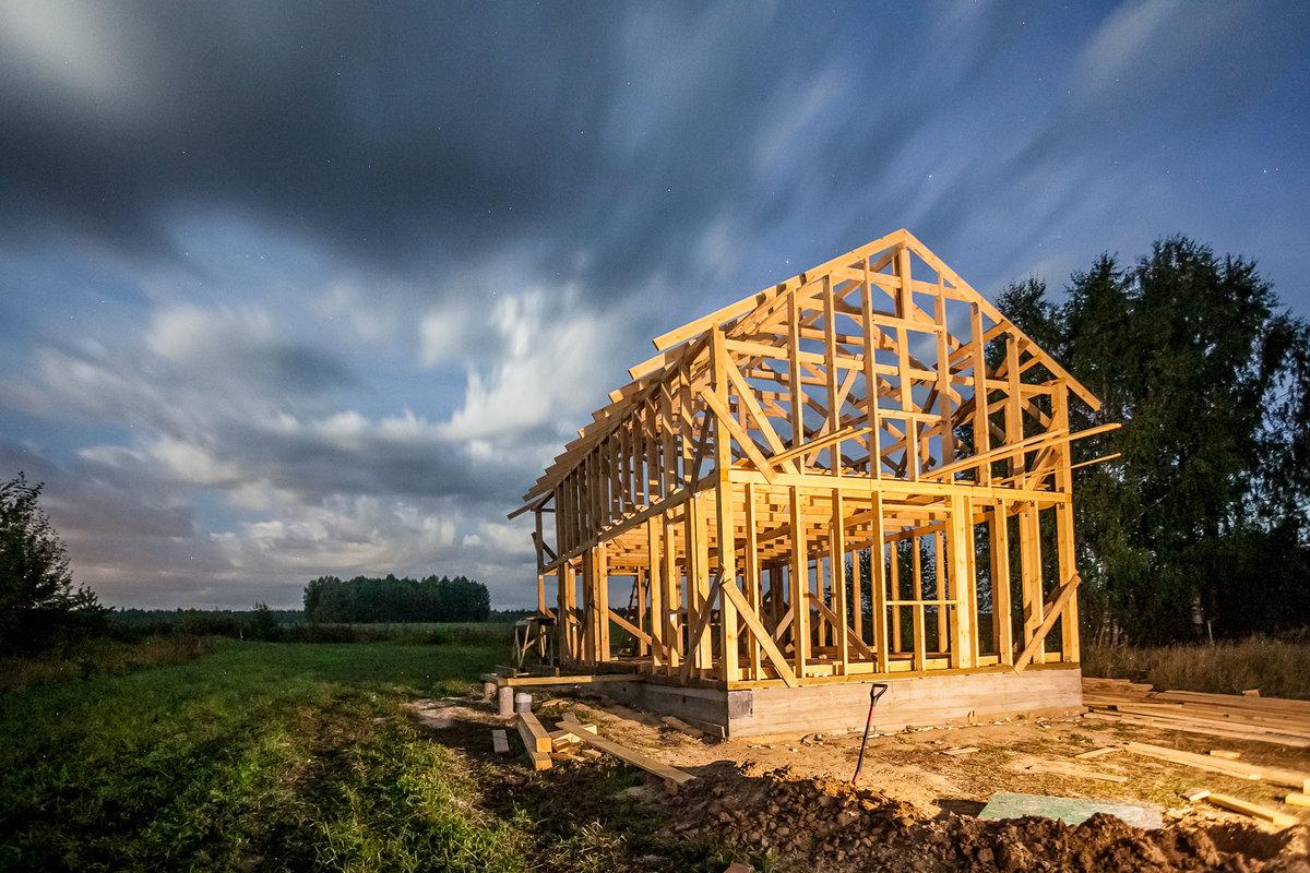 dom szkieletowy, drewniany dom, ile kosztuje dom drewniany, budowa drewnianego domu