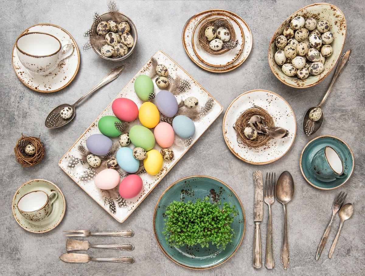stół wielkanocny, ozdoby wielkanocne, pisanki, dekoracje wielkanocne